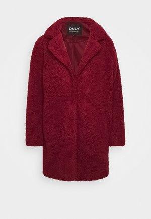 Abrigo corto - pomegranate