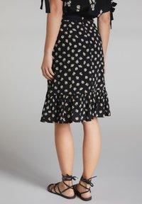 Oui - A-line skirt - black offwhite - 2