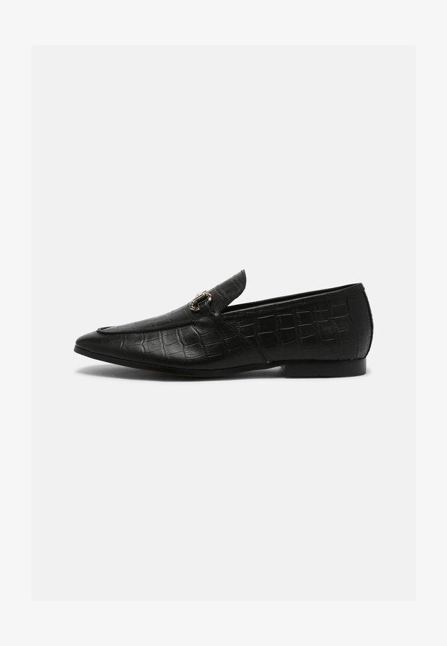 CROC LEMMING - Loaferit/pistokkaat - black