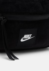Nike Sportswear - Wash bag - black/white - 3