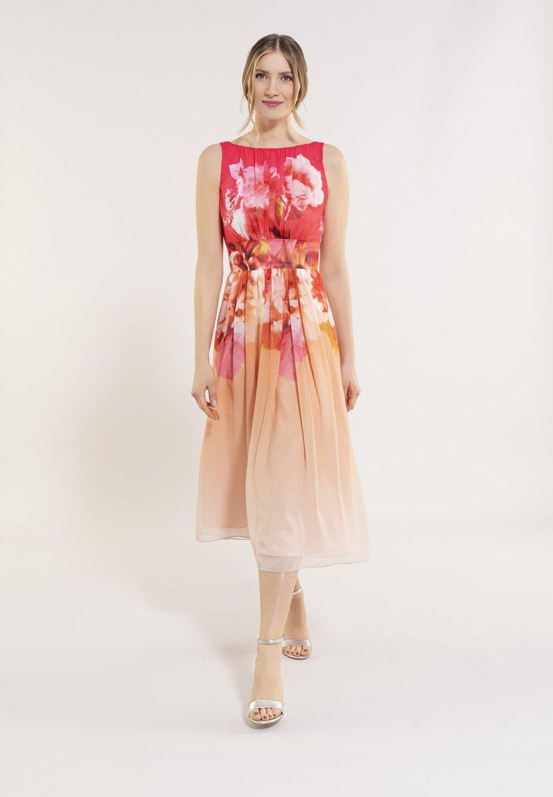 Swing - Day dress - light orange / old rose
