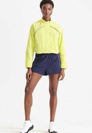 Shorts - rich navy