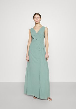 REEVIRA MAXI - Ballkjole - native green