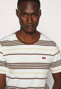Levi's® - ORIGINAL TEE - T-shirt basic - bright tofu - 3