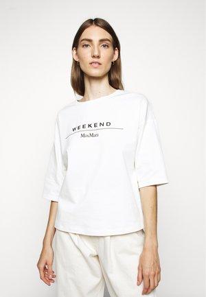 AGAMI - Print T-shirt - weiss