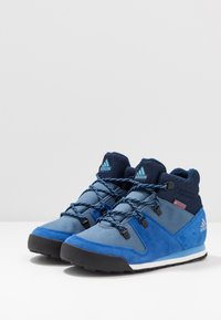 adidas Performance - SNOWPITCH COLD.RDY TRAXION HIKING SHOES MID - Fjellsko - tech ink/collegiate royal/real blue - 3