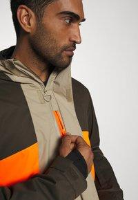 DC Shoes - DEFY JACKET - Snowboard jacket - brown - 5