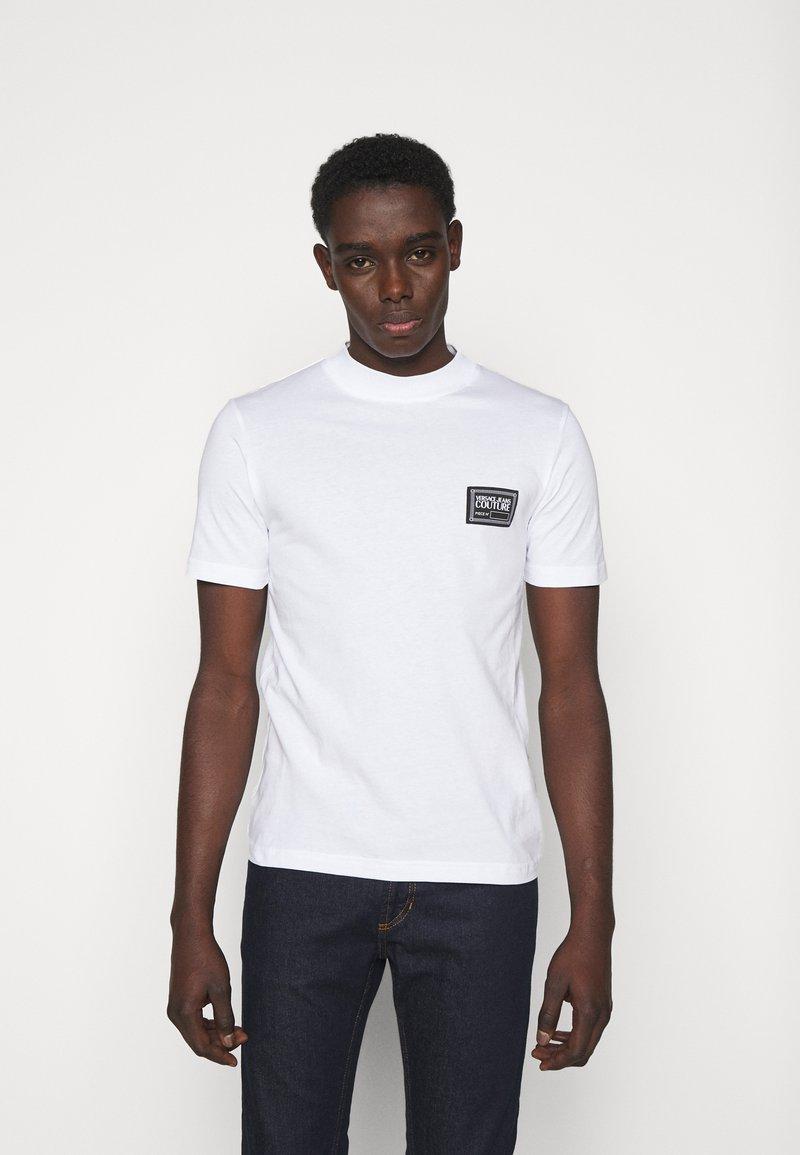 Versace Jeans Couture - MARK  - T-shirt imprimé - white