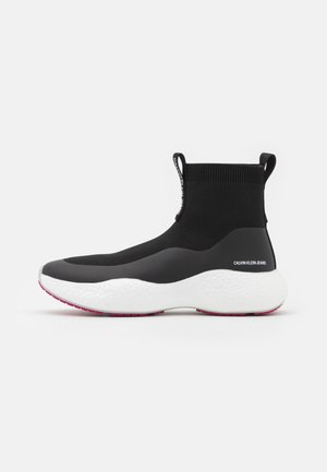 RUNNER  - High-top trainers - black
