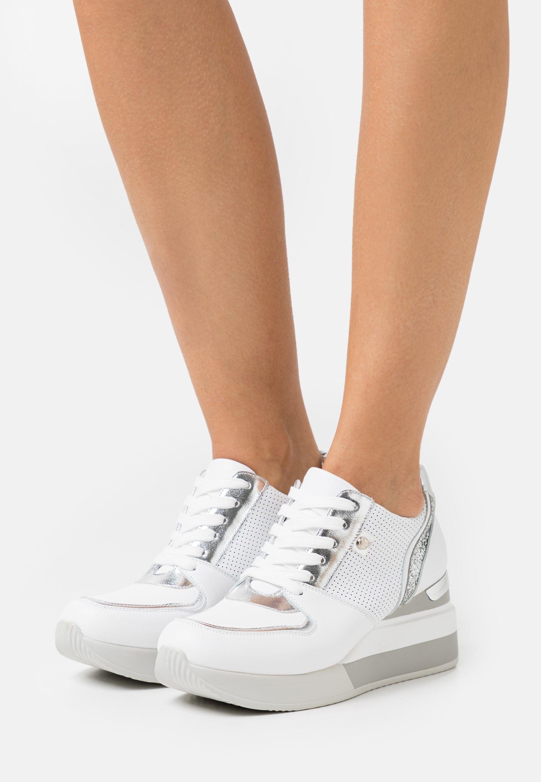Women SOLE - Trainers