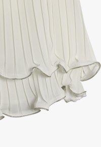 Lili Gaufrette - GLOVER - Koktejlové šaty/ šaty na párty - off white - 2