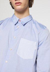 PS Paul Smith - TAILORED FIT - Košile - light blue - 4