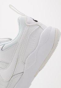Nike Sportswear - PEGASUS '92 LITE - Sneakers laag - white/black - 2