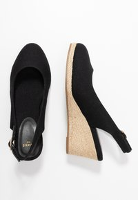 Evans - WIDE FIT SLING BACK WEDGE - Sandalias de cuña - black - 3