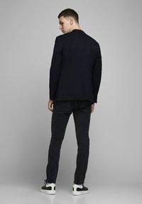 Jack & Jones PREMIUM - Blazer jacket - dark navy - 2