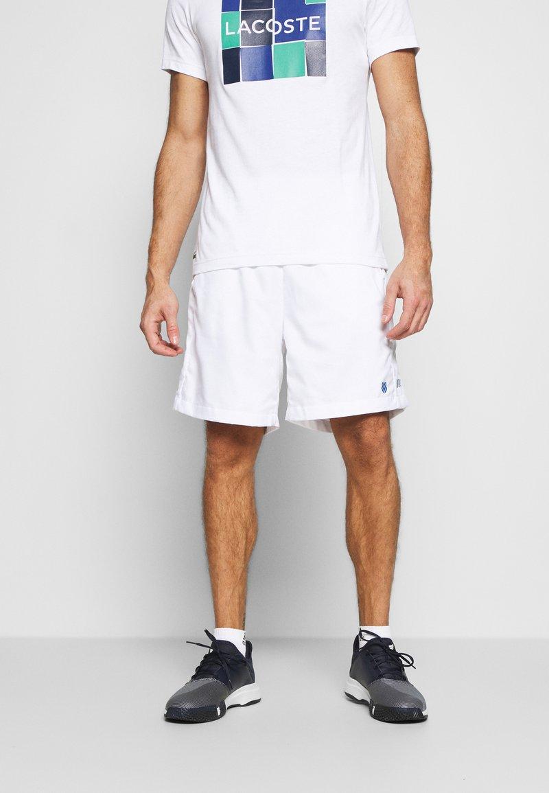 K-SWISS - HYPERCOURT EXPRESS SHORT - Pantalón corto de deporte - white/dark blue