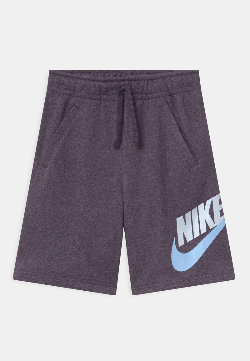 Nike Sportswear - CLUB - Shorts - dark raisin