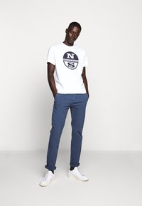 North Sails - LONG TROUSERS - Chino kalhoty - vintage indigo - 1