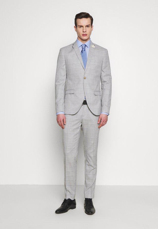 CHECK WEDDING SUIT - Suit - grey