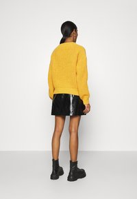 NU-IN - CHUNKY SWEATER - Maglione - light rust - 2