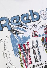 Reebok Classic - TEE NORTH - Print T-shirt - chalk - 2