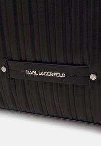KARL LAGERFELD - KUSHION FOLDED TOTE - Tote bag - black - 6