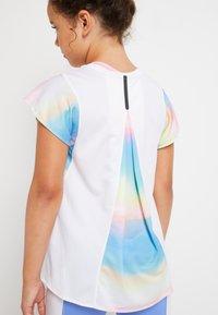 Nike Performance - BREATHE INSTACOOL - T-shirt print - multi-coloured - 5