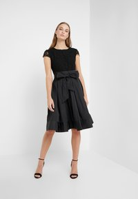 Lauren Ralph Lauren - MEMORY TAFFETA COCKTAIL DRESS - Vestido de cóctel - black - 1