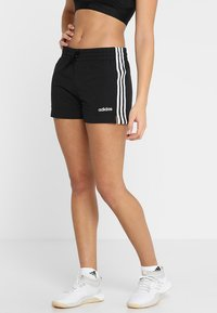 adidas Performance - ESSENTIALS 3STRIPES SPORT 1/4 SHORTS - Pantalón corto de deporte - black/white - 0