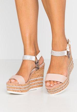 Sandalen met hoge hak - pink/medium