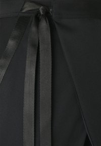 Jordan - UTILITY PANT FUTURE - Pantalones cargo - black/black oxidized - 3