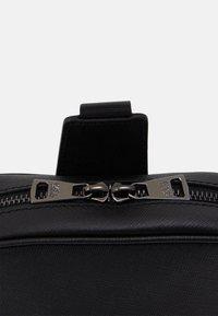 KARL LAGERFELD - CROSSBODY BAG UNISEX - Across body bag - black - 4