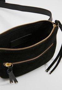 mint&berry - LEATHER - Bum bag - black - 5