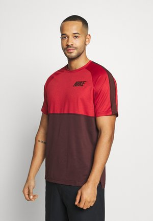 DRY - Print T-shirt - night maroon/university red/mystic dates