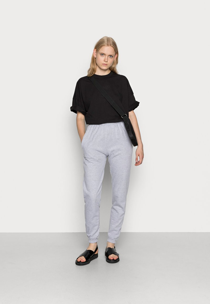 Missguided - BASIC JOGGERS 2 PACK - Tracksuit bottoms - grey/burgundy