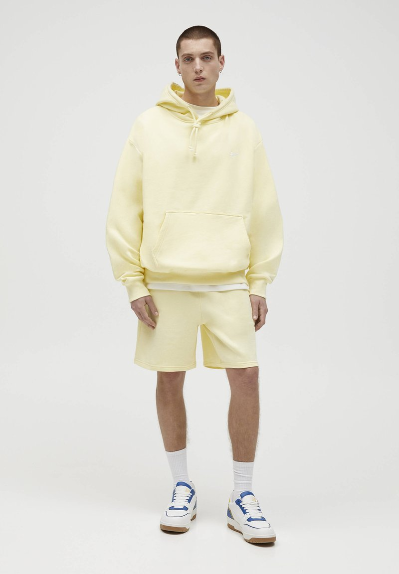PULL&BEAR - Hoodie - yellow