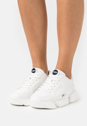 VEGAN MATRIX ONE - Trainers - white