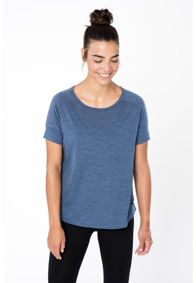ISLA TEE - Basic T-shirt - denim