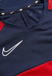 Nike Performance - DRY ACADEMY  - T-shirt sportiva - obsidian/university red/white - 3