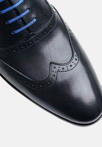 SHOEPASSION - NO. 5618 BL - Smart lace-ups - black - 4