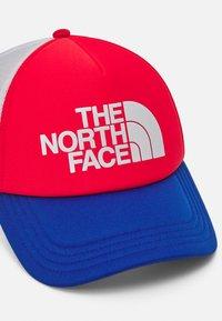 The North Face - LOGO TRUCKER UNISEX - Keps - horizon red/blue - 3