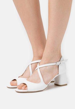 NADA - Chaussures de mariée - blanc