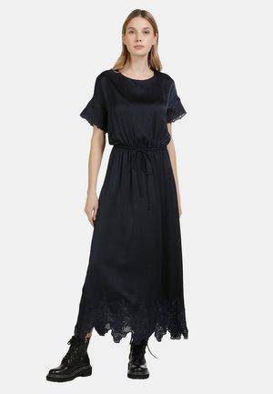 SATINKLEID - Maxi dress - marine