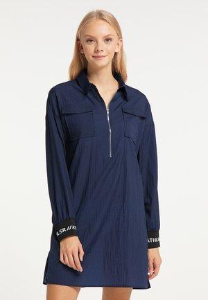 Košilové šaty - marine