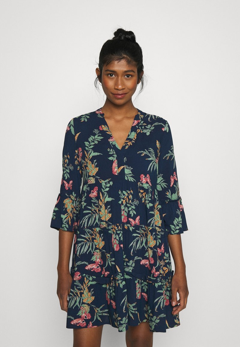 Vero Moda - SIMPLY EASY - Vapaa-ajan mekko - navy blazer