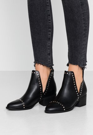 EASTWOOD CUT OUT - Ankle boots - black