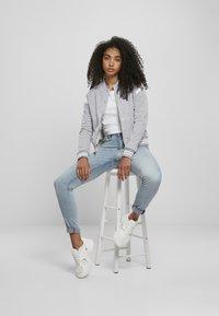 Urban Classics - Zip-up hoodie - grey white - 8