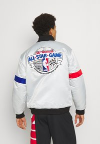 Mitchell & Ness - NBA ALL STAR  HEAVYWEIGHT JACKET - Training jacket - grey/platinum - 2