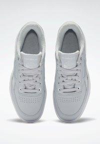 Reebok Classic - Sneakersy niskie - grey - 5