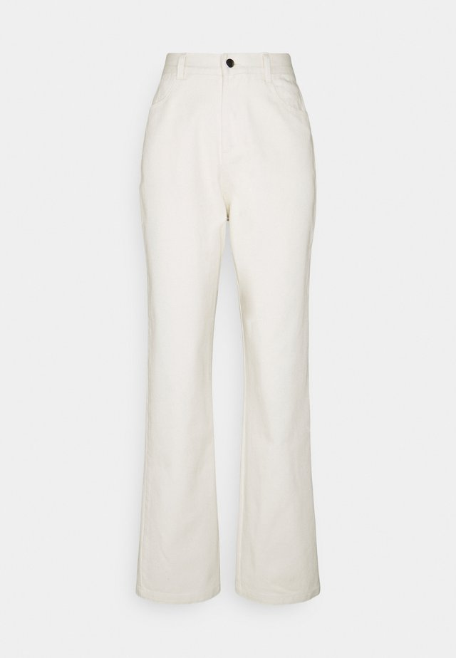 STRAIGHT PANTS - Pantaloni - offwhite